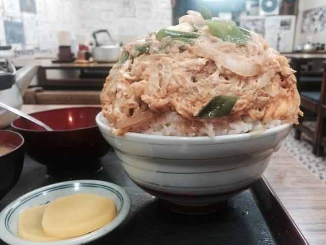 ဗိုက်အ၀စား ၀က်သားကြက်ဥကြော်カツ丼 Katsudon ဟင်းပွဲကြီး !!!!!!