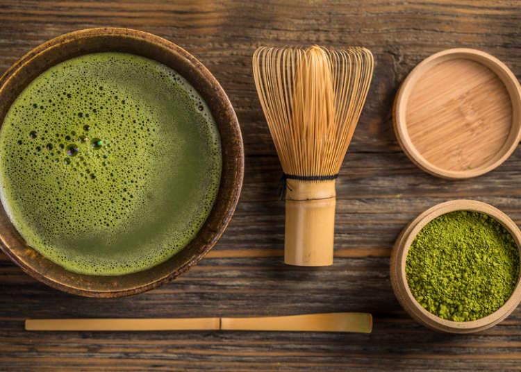 ရန်ကုန်မြစ်ရဲ့ အပျော်စီးသင်္ဘောပေါ်က 茶会(tea ceremony)