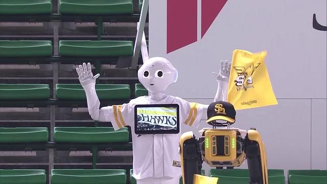 ကိုရိုနာကြောင့် လူအစား စက်ရုပ် cheer team ကိုဖွဲ့စည်းလိုက်တဲ့ ဂျပန် !!!!