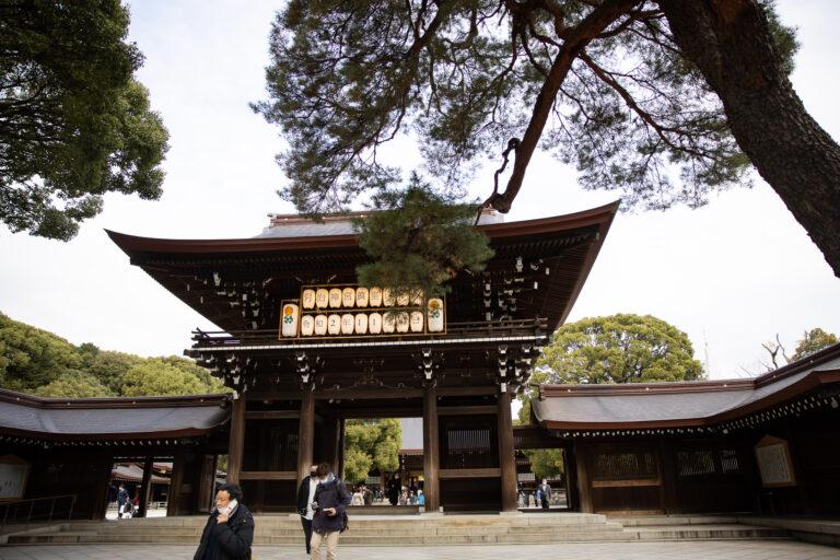 တိုကျိုရဲ့ အကြီးဆုံးစွမ်းအားတန်ခိုးဖြစ်တဲ့ Meiji Jingu ဘုရားကျောင်းသို့ အလည်တစ်ခေါက်