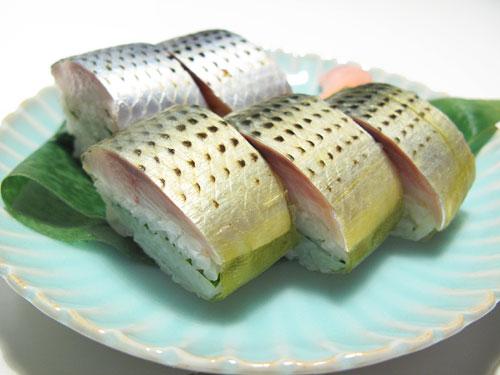 """ဆာမူရိုင်းတွေသာ စားခွင့်မရှိခဲ့သော """" ငါး"""" ….!!!!"""