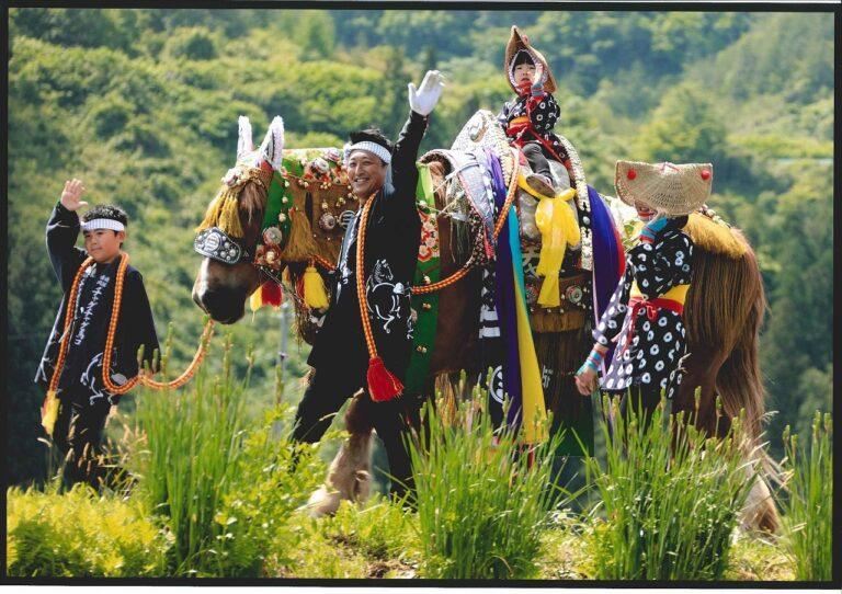 Iwate စီရင်စုရဲ့ မြင်းလှည့်လည်ပွဲ Chagu Chagu Umakko Festival
